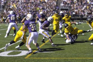 Laurier defeats Waterloo on Homecoming weekend