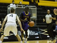 WLU Men's basketball avenge their loss against Warriors