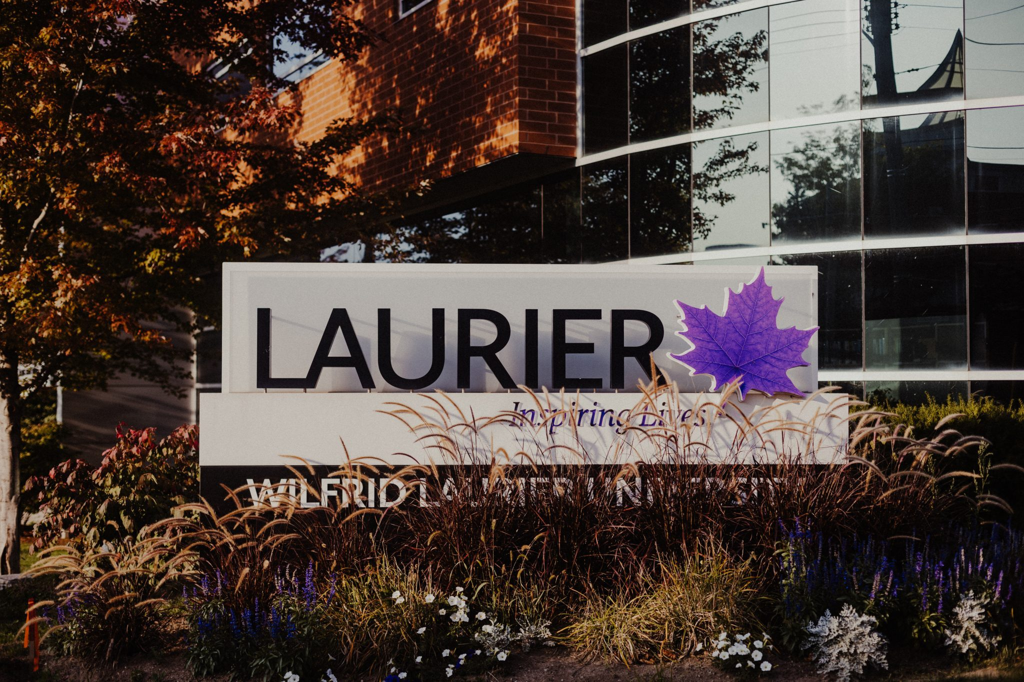 Laurier loses number one spot in student satisfaction for Canadian universities