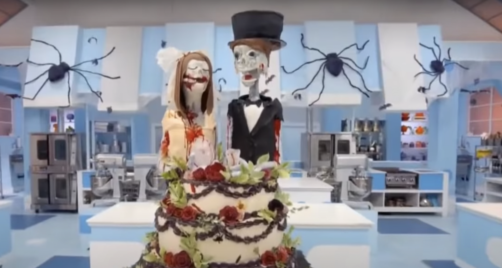 """Q's Cakes and Cafe owner celebrates Food Network's """"The Big Bake: Halloween"""" win"""